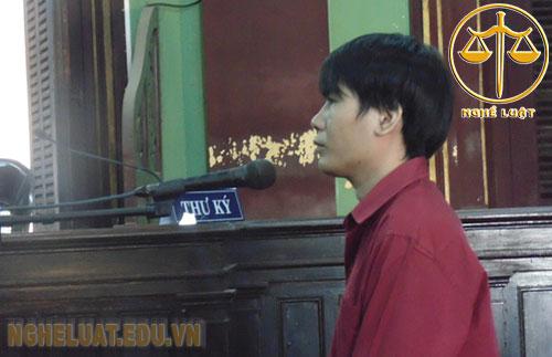Nguyễn Minh Quàng hối lỗi trước vành móng ngựa