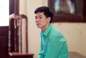 Bác sỹ Hoàng Công Lương có mặt: Nhưng tiếp tục xin được hoãn phiên tòa