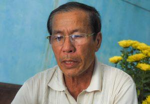 Ông Võ Duy Linh (cha của Nghiêm) thẫn thờ lo cho số phận con trai sau vụ việc bị tạt axit, cắt gân chân